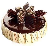 Surprising Snack 2 Kg Truffle Cake