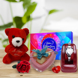 Lovable and Passionate Gifts Hamper