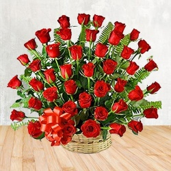 Extravagant Gift Basket with Impression of Love