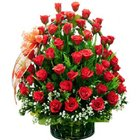 Precious Assemble ofPremium Red Coloured Roses in a Basket