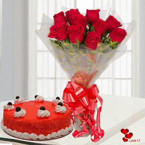 Fragrant Red Roses Bouquet with Yummy Red Velvet Cake