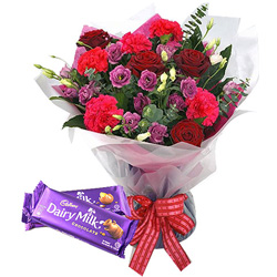 Gift Combo of Mixed Flower Bouquet with Cadbury Celebration Chocolate Online