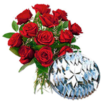 Order Bunch of Red Roses with Kaju Barfi Online