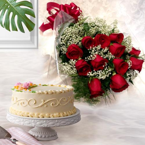 Send Online Red Roses Bouquet with Eggless Cake