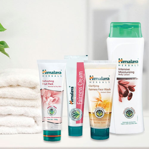 Look Fair with Himalaya Fairness Pack