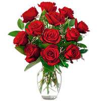 Order Red Roses in a Glass Vase Online