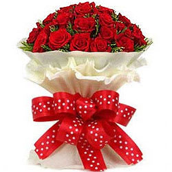 Buy Online Bouquet of Red Roses<br>