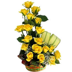 Book Online Arrangement of Yellow Roses