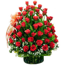 Send Online Red Roses Basket