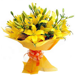 Gorgeous Bouquet of Yellow Lilies
