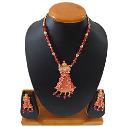 Amazing Royal Inspired Necklace Set