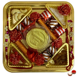 Tempting Embrace Rakhi Chocolate Thali