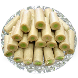 250 Gms. Kaju Pista Roll<br /><font color=#0000FF>Free Delivery in USA</font>