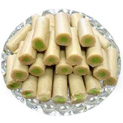 250 Gms. Kaju Pista Roll<br /><font color=#0000FF>Free Delivery in USA</font>